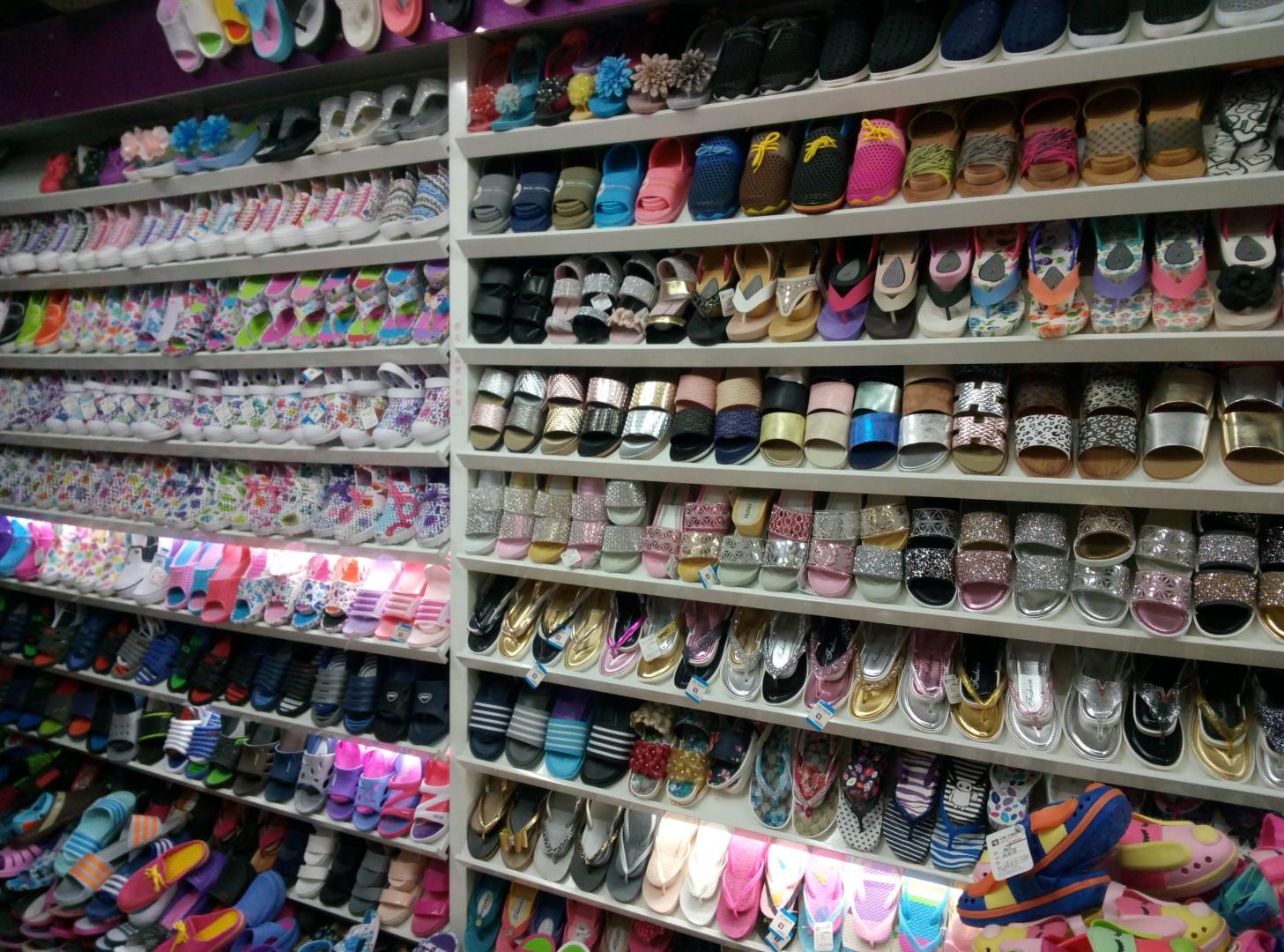 051f4082c038 Обувь Из Китая - Почему на Оптовом Рынке в Иу Лучшие Цены